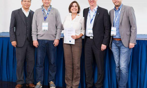 Dr. Alexandra Benavente-Pérez received the ZEISS Young Investigator Award