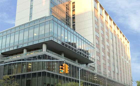 Gouverneur building