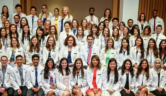Class of 2018 Honored at White Coat Ceremony